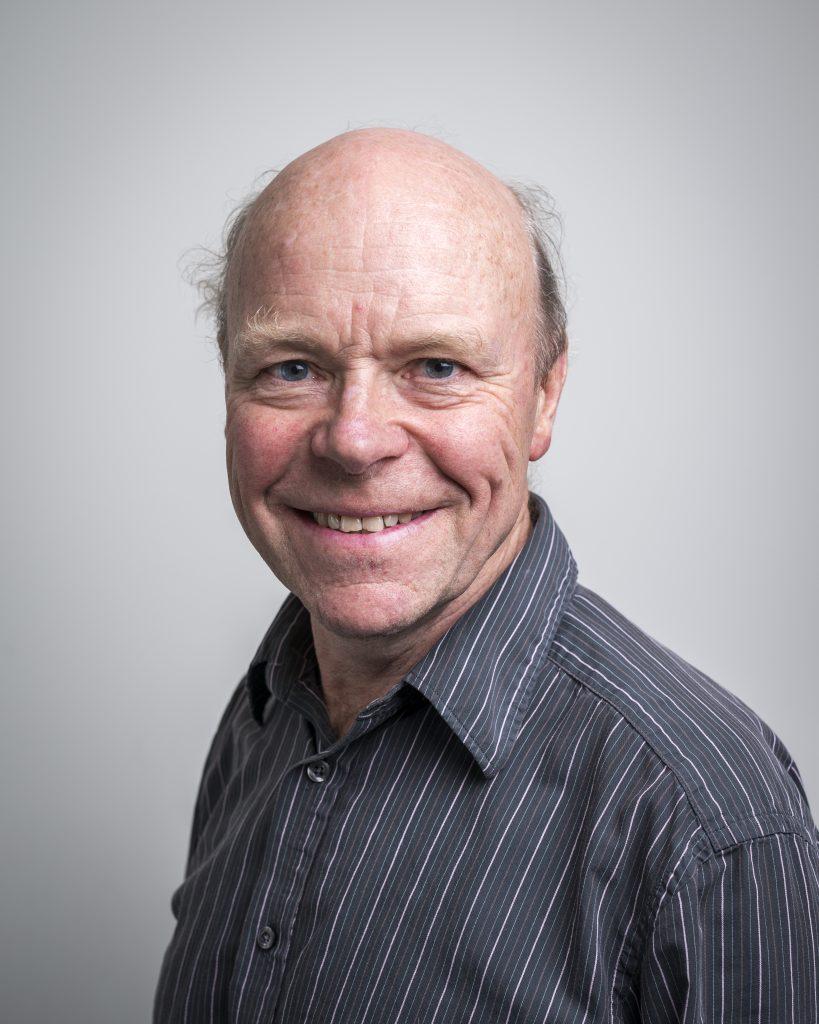 Dr Nigel Taylor