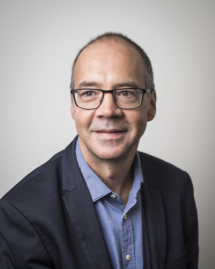Dr Simon Bradley